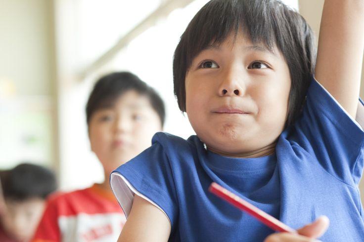 中学校に入学してはや1ヶ月。算数から数学へと呼び方が変わった「数学」でつまずいている子も少なくないでしょう。中1の数学でつまずかない3つの秘訣について紹介します。