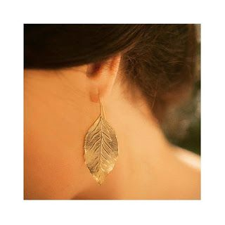 The gold-plated 'Leaves Earrings' (€90.00) are from Spanish jeweller, El Mito De Gea. This is the first occasion Letizia has worn a design by the Valencia based boutique who specialize in handmade accessories.  Queen Letizia of Spain attends the 'La Caixa' Scholarships held at the headquarters for La Caixa on May 23, 2017 in Barcelona, Spain.