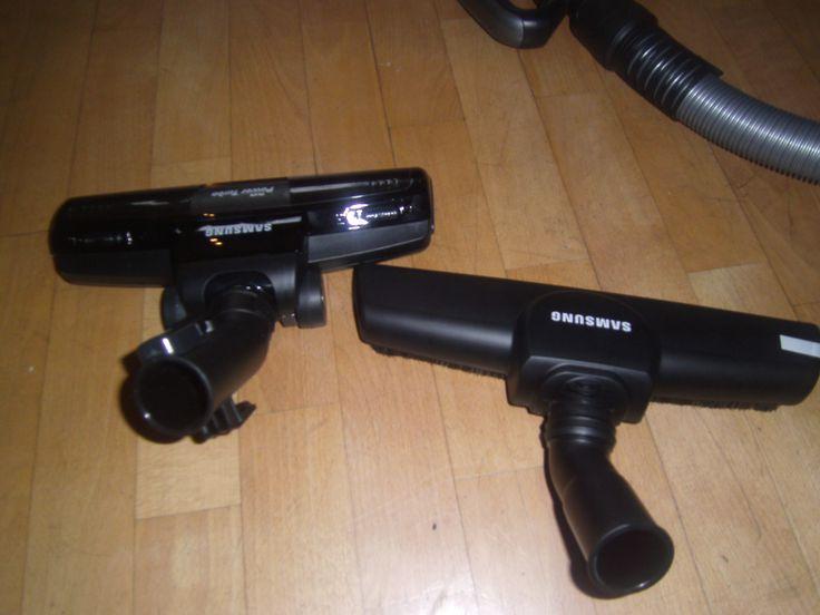 Zusätzlich zur Universalbürste gibt es beim samsung Motion Sync Staubsauger noch die Turbobürste und die Master Parkettbürste