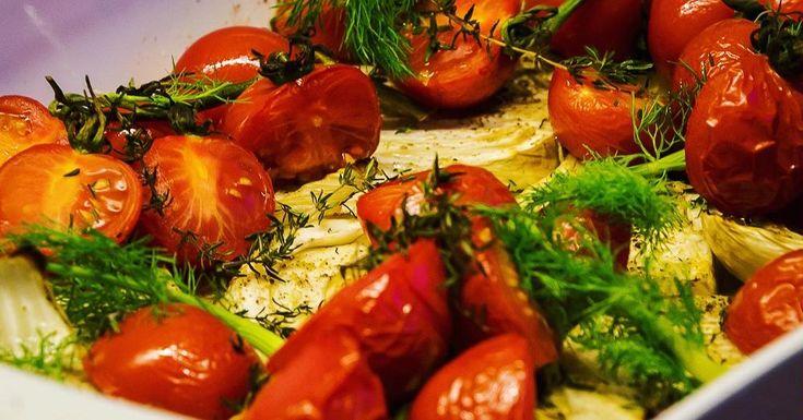 Cuisine-à-Vous - Geroosterde venkel met trostomaatjes en tijm