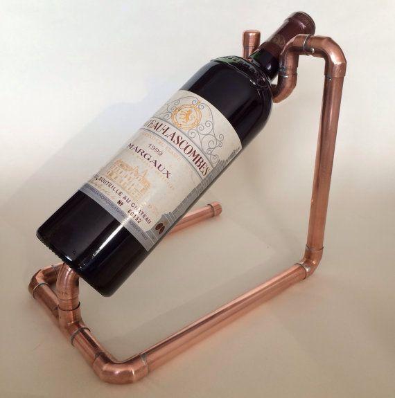 Porte-bouteille vin tuyauterie en cuivre par CoppersmithsUK sur Etsy