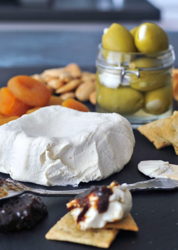 Creamy Rich Macadamia Cream Cheese - as a bagel topping or a cheese plate spread, this soft set, mildly flavored spreadable cheese is the perfect base recipe!