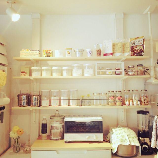 shirokumaさんの、賃貸マンション,キッチン収納,seria,幅140cm,制作費約¥5000,2×4材,1×4材,DIY,IKEA,ディアウォール,棚,のお部屋写真