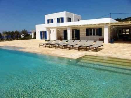 http://www.mykonos-accommodation.com/images/islands-in-greece/paros/paros-House-of-Kakti/House-of-Kakti-hok1.jpg