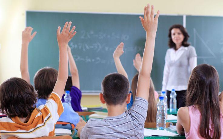 Școala românească e un haos și o bătaie de joc și toată lumea ridică din umeri
