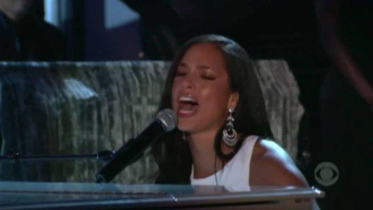 A classic performance!  Alicia Keys - If I Ain't Got You - Live Grammy Awards [HD]