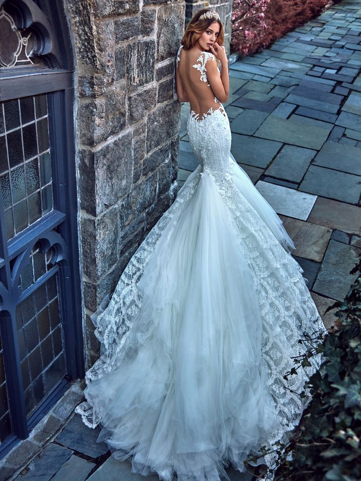 تصميمات رائعة لفساتين الزفاف من المصممة جاليا لاهافا 2017 Fantastic designs for wedding dresses from designer Galia Lahav 2017 designs fantastiques pour les robes de mariage de concepteur Galia Lahav 2017