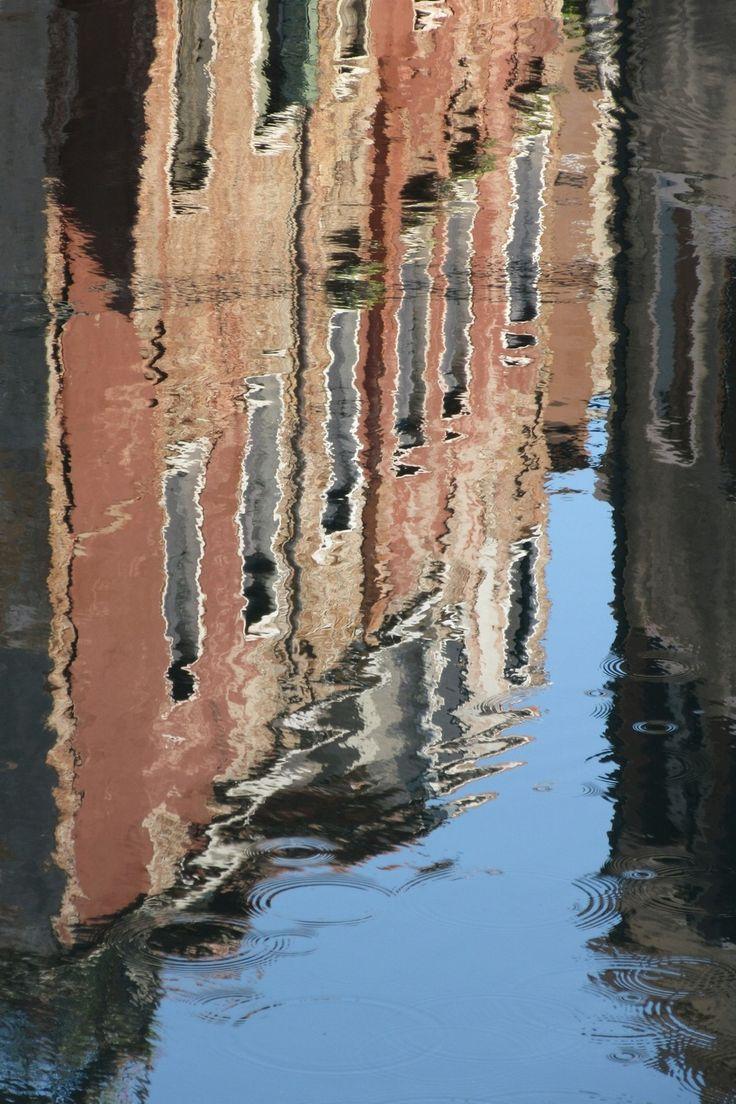 """""""Riflesso Lagunare"""" 60x40, Fotografia, 2015 Mario Amastray   La particolarità di questa Fotografia è unica, la semplicità di un riflesso che ne regala una rappresentazione innovativa ed originale."""