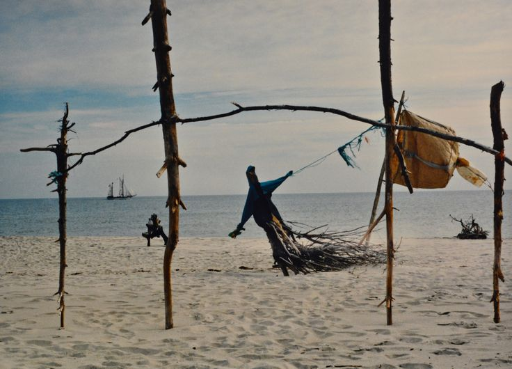 "Yury Ermolenko, ""SPIRIT OF THE WIND"" (Land art project ""Baltic - Hel""), 2003, Hel Peninsula, Baltic Sea, Poland #YuryErmolenko #юрийермоленко #ЮрийЕрмоленко #yuryermolenko #юрiйєрмоленко #ЮрiйЄрмоленко #юрийермоленкохудожник #landart #balticsea #sea #sky #amazing #RapanStudio #photo #photography #metaphysics #metaphysical #philosophy #installation #лэндарт #инсталляция #art #contemporaryart #modernart #magic #texture #лэндарт #poland #hel #helpeninsula #artproject #искусство #creative"