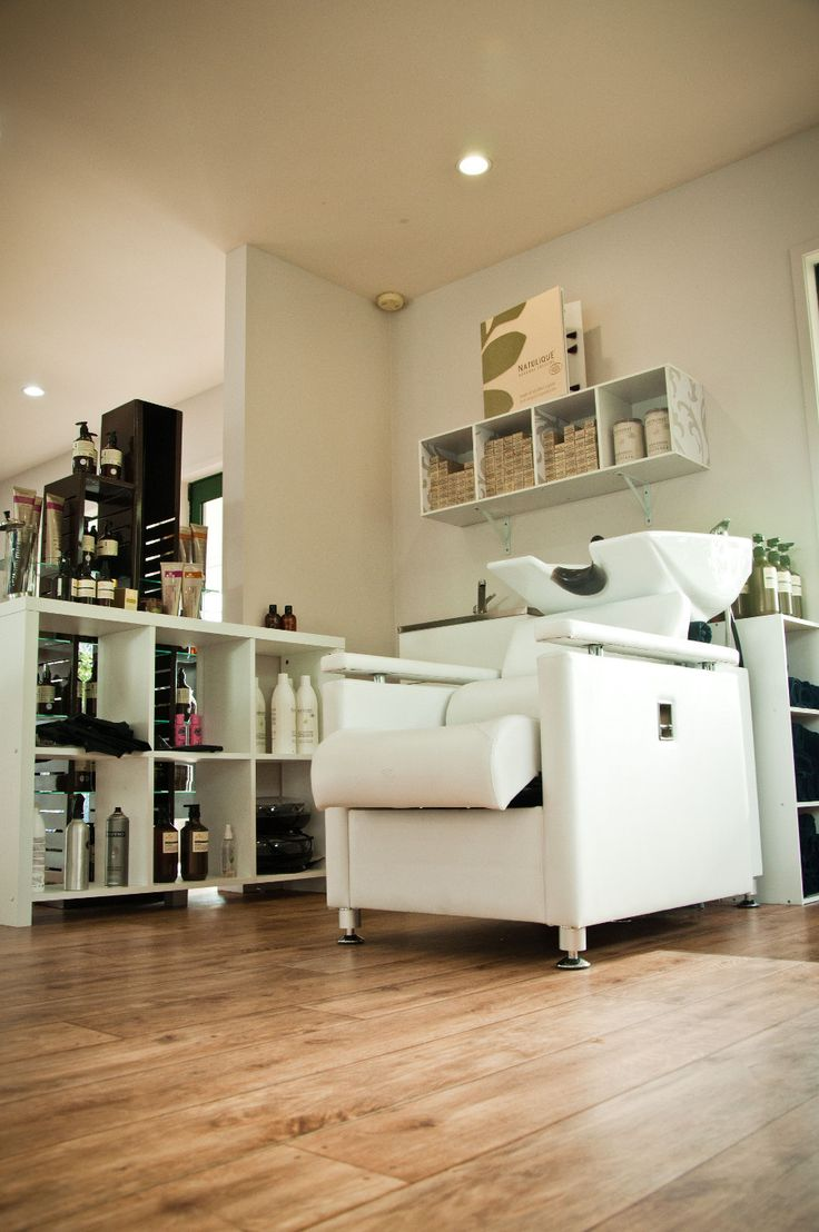 Peter Salter Hairdressers specialise in organic hairdressing, with beautiful organic hair colours and treatments