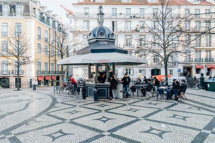 Lisbon-kiosks-richard-john-seymour-2 - The Spaces