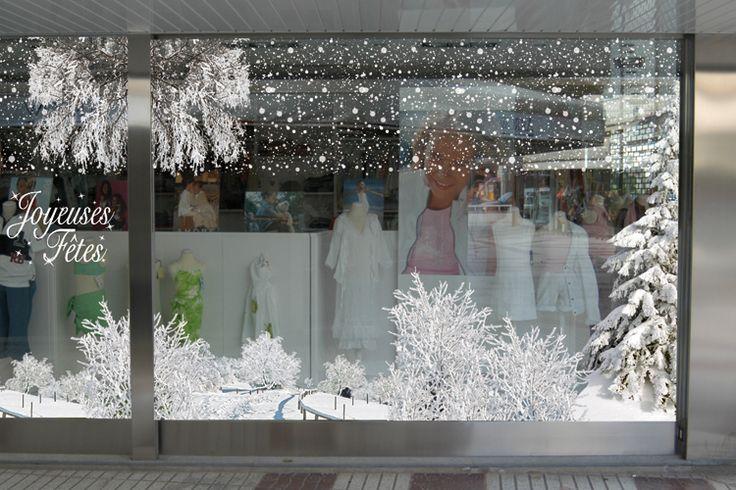 pingl par quentin bacchus sur inspiration vitrine no l pinterest curtains christmas et. Black Bedroom Furniture Sets. Home Design Ideas