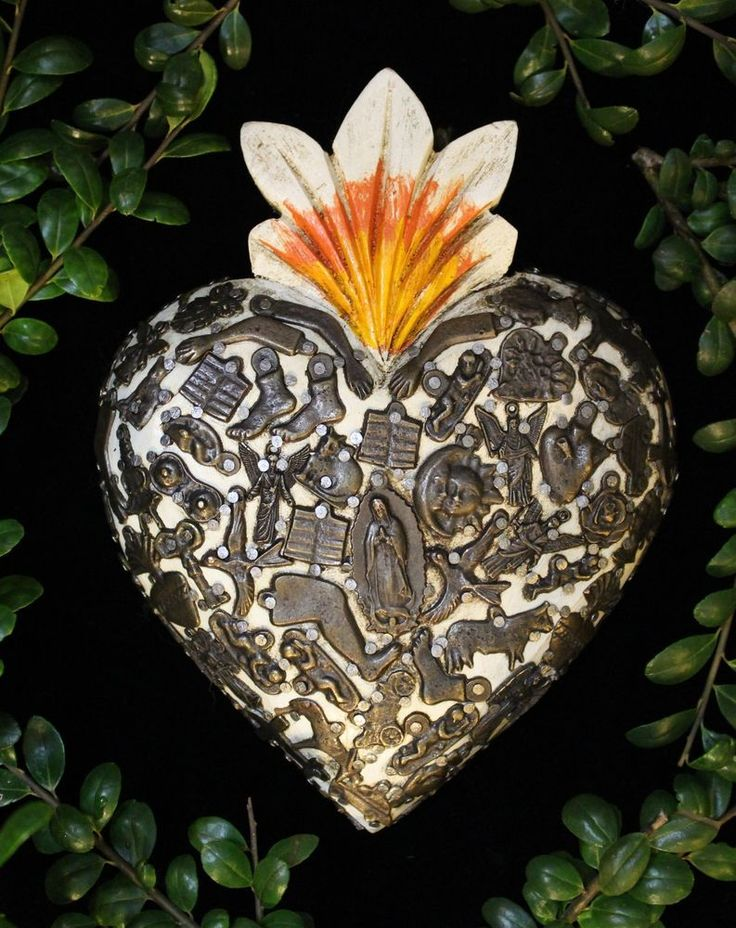Medium Sz White Sacred Heart wood Milagro Mexican Folk Art Michoacán Love Token