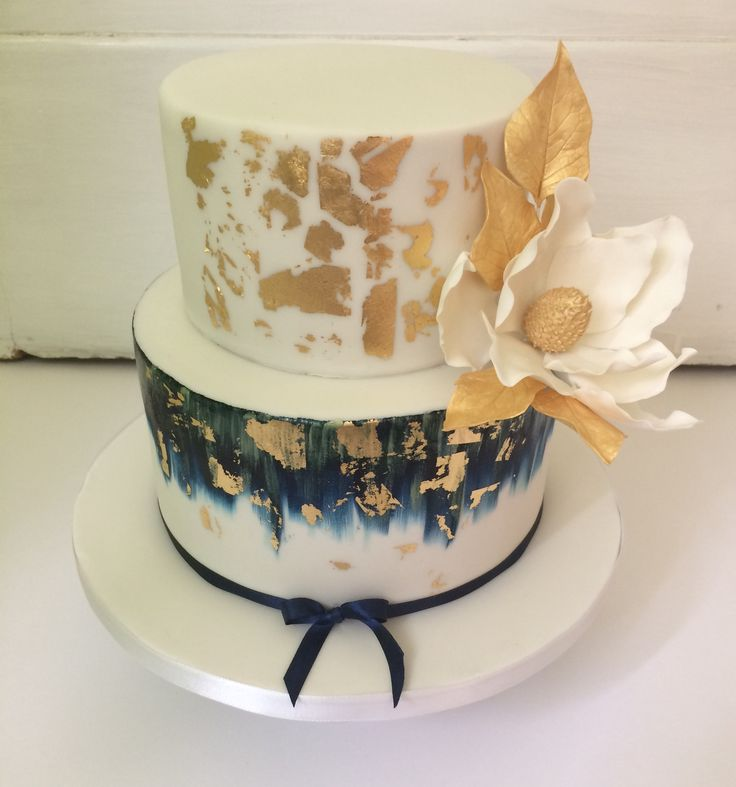 Luxury cake with gold leafs