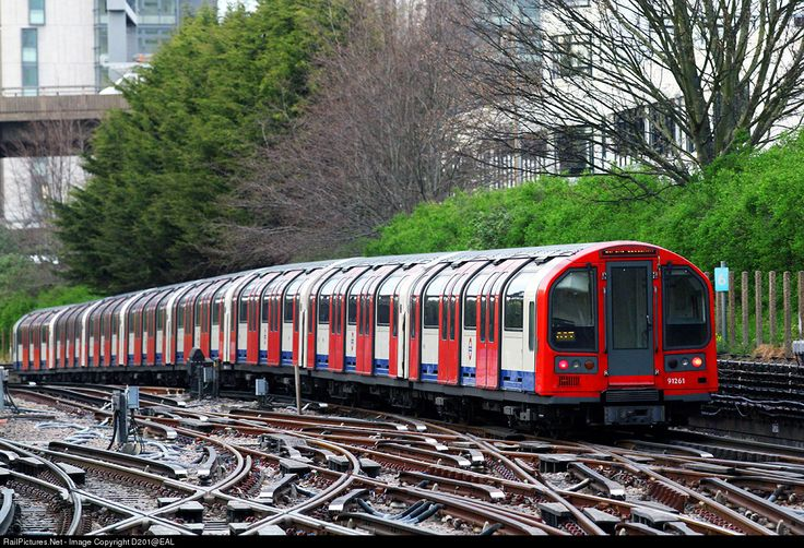 RailPictures.Net Photo: 91261 London Underground 1992 Stock EMU at London, United Kingdom by D201@EAL