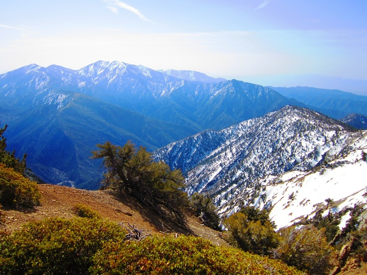 The Mount Baden-Powell Hike in the San Gabriel Mountains is one of the best SoCal hikes according to @OutdoorPros. #hiking #California #KEENrecess