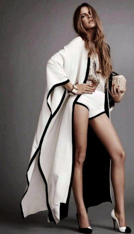 Glamourous middle eastern attire, takchita