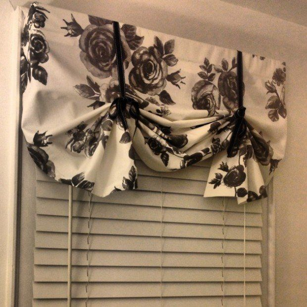 28 Genius DIY Curtains Ideas! Want to do something like this for our youth room. They already have ones but they need some spicing up!