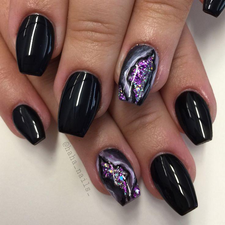 @haha_nails_ geode nails nail art