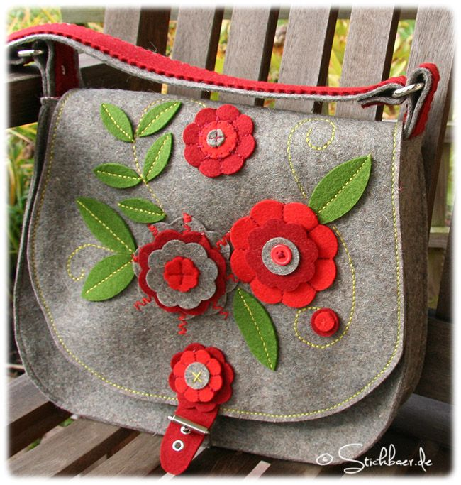 Felt handbag with flowers