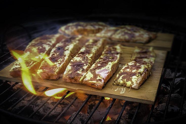 Recept op cedar gerookte zalm met mosterd whisky marinade
