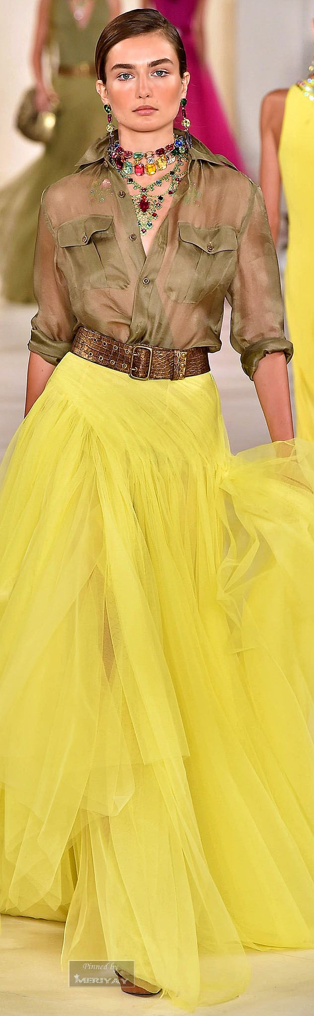 Elegant take on the yellow trend from the Ralph Lauren Spring 2015 collection #ralphlauren #yellowskirt #spring2015
