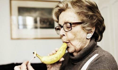 Fumar plátanos es un mito y no es lo único que podemos hacer con la fruta; el ingenio mexicano ha demostrado que podemos conseguir mucho más.