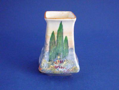 Royal Doulton 'Woodley Dale' Miniature 7012 Vase D5369 c1934