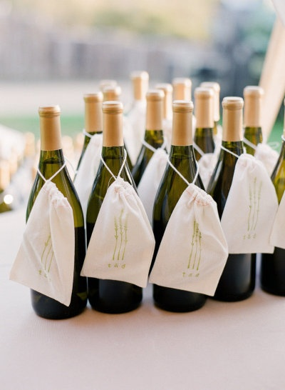 Mini-Wine Bottles For Wedding Gifts : ... Champagne weddings gifts, Mini champagne and Mini champagne bottles