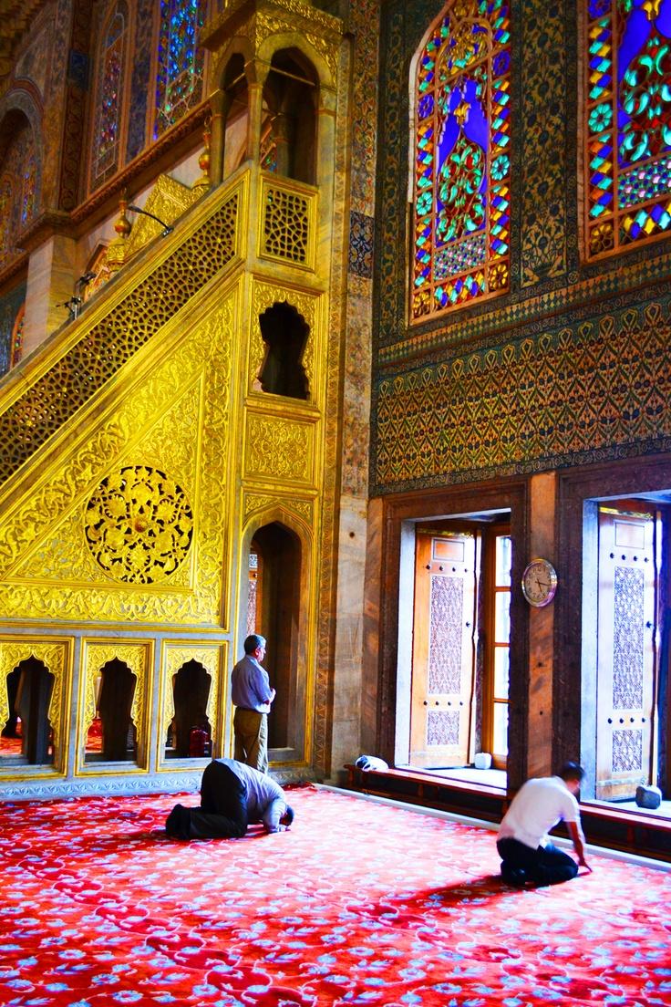 interior of Sultanahmet mosque in Istanbul