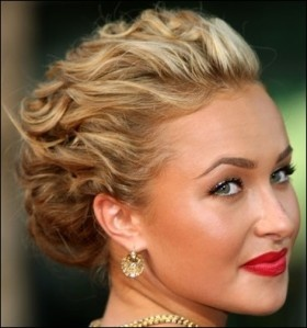 short wedding hair.: Wedding Hair, Shorts Hair, Makeup, Wedding Updo, Prom Hairstyles, Red Lips, Hair Style, Promhair, Curly Hair