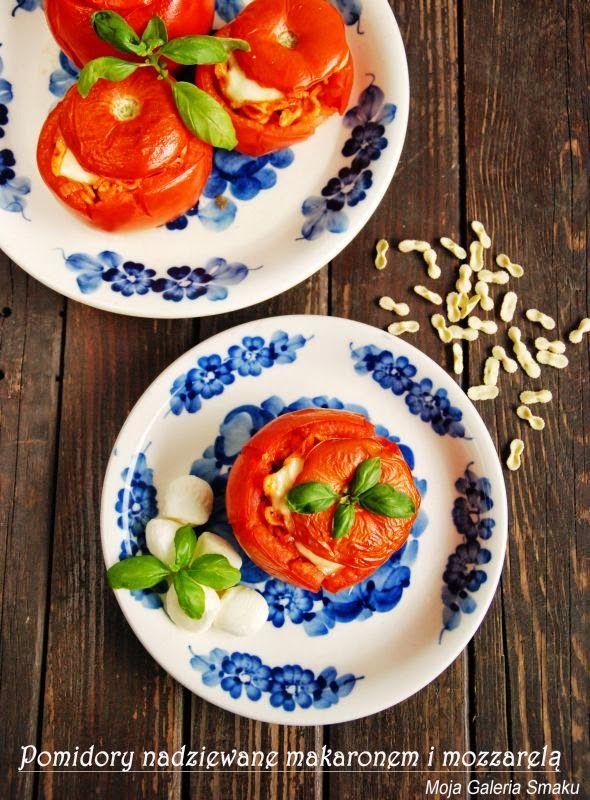 Pomidory faszerowane makaronem i mozzarellą
