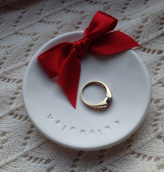Valentine i love you red ribbon ring plate dish porcelain