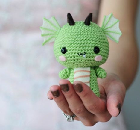 A danish crochet recipie for a Chinese lucky dragon! :D