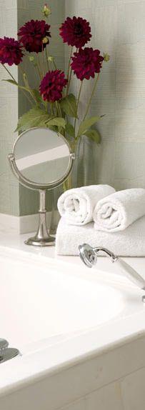 Specchio da bagno cm Ø20xh40 - collezione: Vanità. Cosi Tabellini.