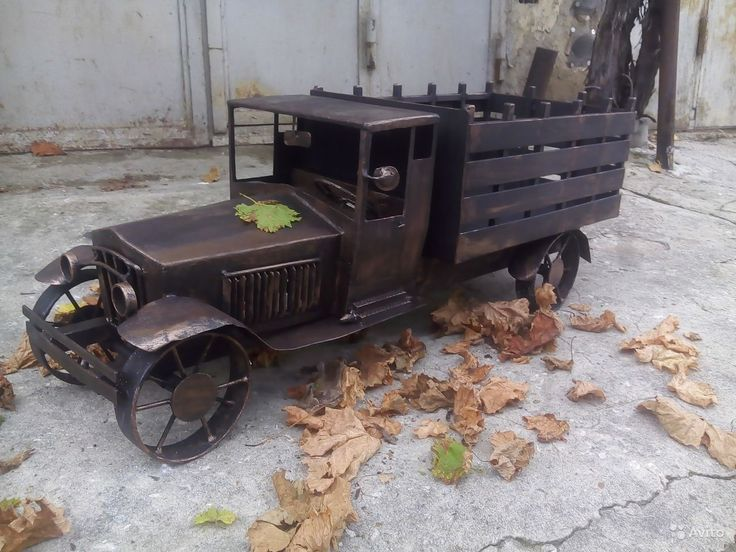 Мангал ручной работы. Миниатюрная копия модели автомобиля Форд АА 1928 года.