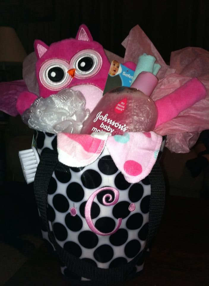 Thirty-One Gifts – For the Baby! Round A Bout Caddy with some cute baby items inside!!! www.mythirtyone.com/rachaelschlipmann