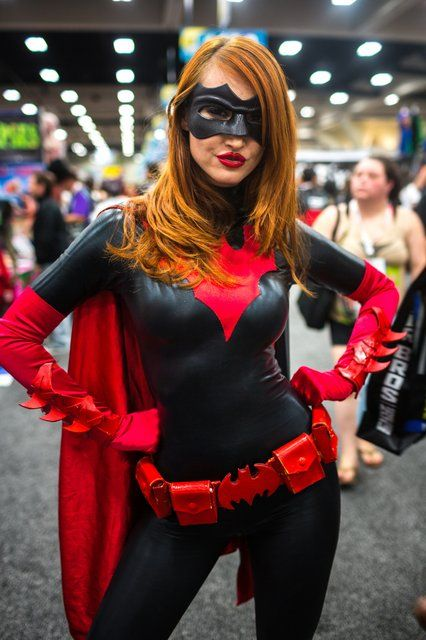 Kendra James as Batwoman | Cosplays | Pinterest | Batwoman ...