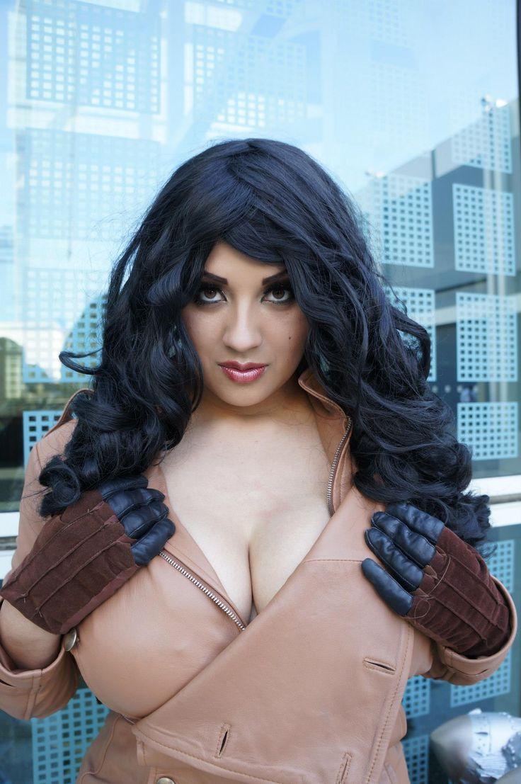 power girl cosplay nipple