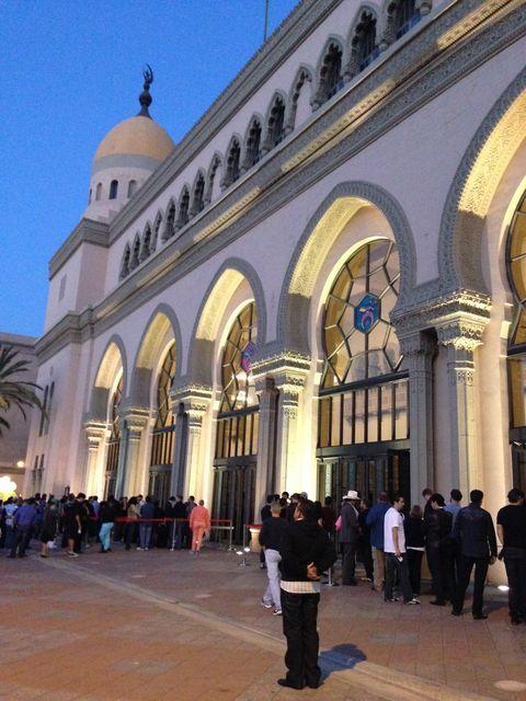ロサンゼルス・ダウンタウン近くにあるイスラム風建築のコンサートホール シュライン・オーディトリアム  Shrine Auditorium Los Angeles  California Architecture