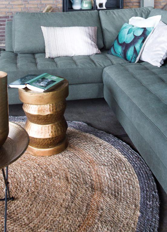 Trendhopper ● een echte sfeermaker dit natuurlijke, ronde sisal vloerkleed met grijze rand.