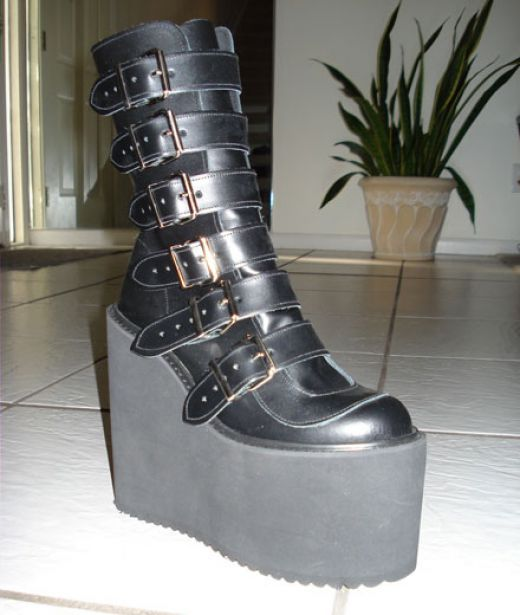 Elevator Women's Gothic Shoes