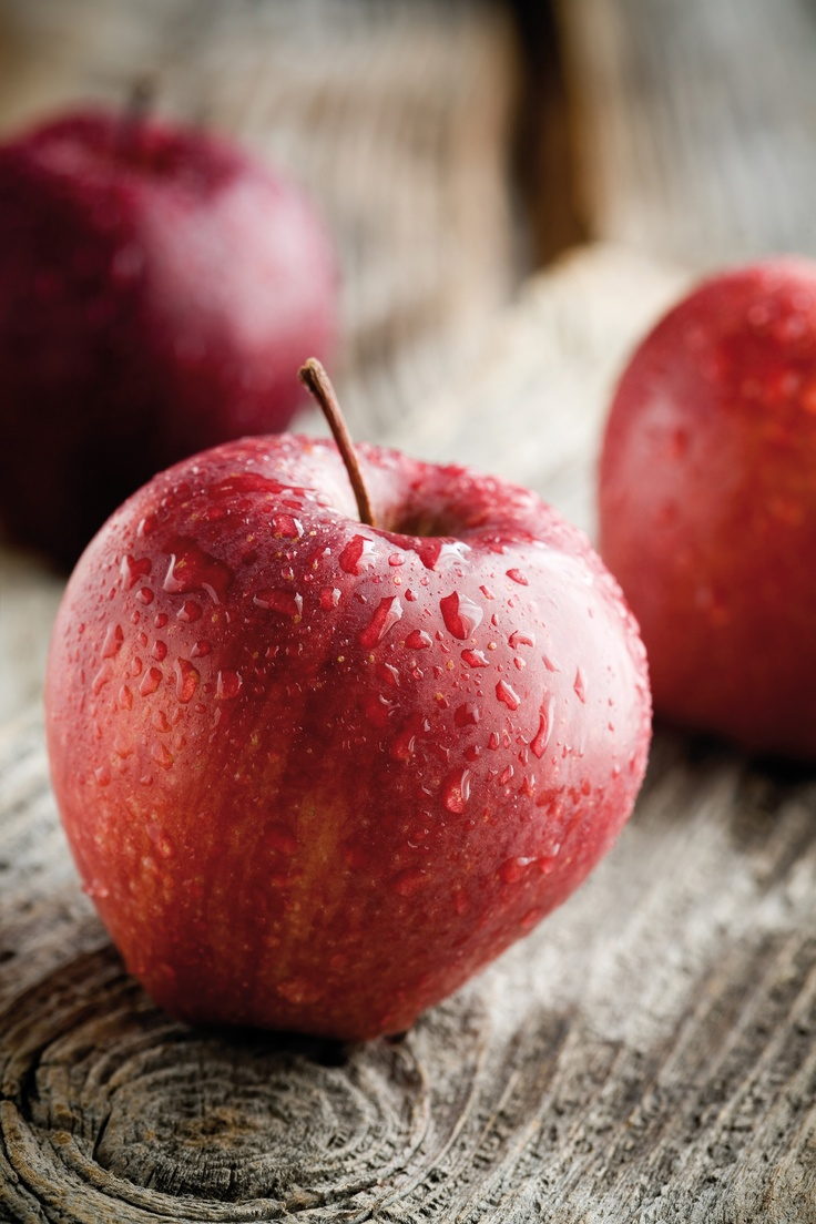 Apple - Pomme | FoundItGood | Pinterest | Apples, Apple season and Berries