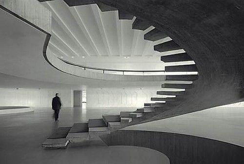 The brilliant work of Oscar Niemeyer (1907-2012).