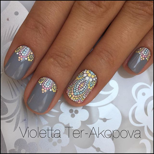 amazing nail art! all with a simple dotting tool...