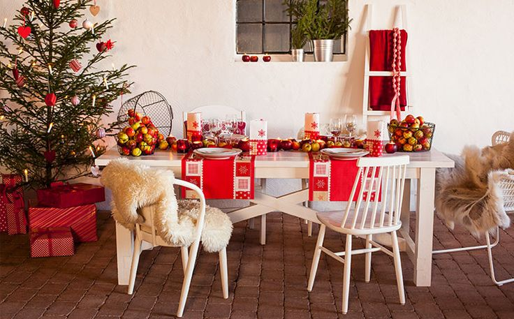 Scandic - for a traditional back to nature christmas table setting with a Scandinavian feeling