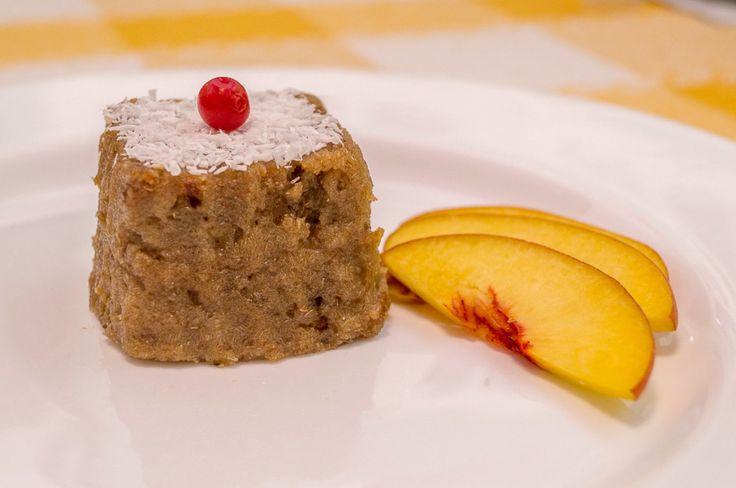 Prăjitură cu pudră de banane. www.paradisulverde.com www.biofair.ro