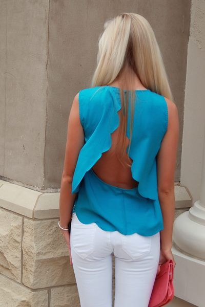 : Fashion, Color, Backless Tops, Open Back Shirts, Open Back Tops, White Jeans, Spring Outfit, Cut Outs, Summer Tops