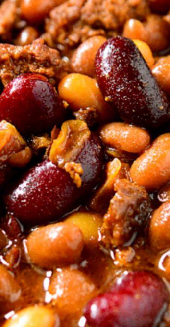 Crockpot Slow Cooker Cowboy Baked Beans
