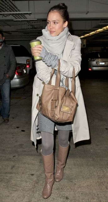 Jessica Alba in cool fall outfit - ♥ long trench coat